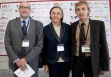 Félix Balboa, María Lezaun (Presidente-Fundador y Vicepresidenta-Fundadora de Fundación Phi respectivamente) y Javier Ortiz (Secretario del Patronato de Fundación Phi)