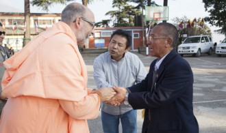 Recibe el Secretario General, Thupten Dorjee