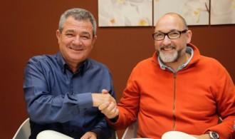 Los Presidentes de los respectivos patronatos satisfechos del convenio firmado.