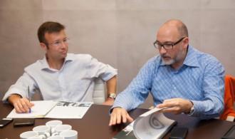 Félix Balboa, presidente de Fundación Phi e impulsor y creador del proyecto, con el Dr. José Luis Molinuevo, Neurólogo en el Hospital Clínic de Barcelona y Rector de la UC