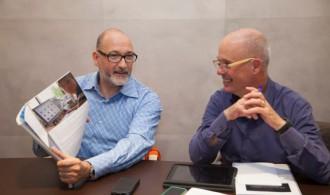 Félix Balboa, presidente de Fundación Phi e impulsor y creador del proyecto, con Víctor Carrera, Decano de la UC