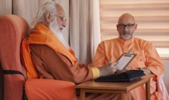 Pujya Swami Rameshwarananda Giri Maharaj y H.H. Sri Chandra Swami Udasin
