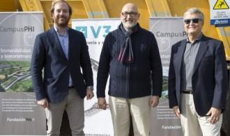 Javier Muñoz Cervera, Presidente del Consejo de Administración de V3J Ingeniería y Servicios, S.L., Félix Balboa, Presidente de Fundación Phi y Víctor Muñoz, Propietario de V3J Ingeniería y Servicios, S.L.