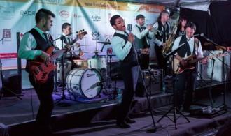 Soulomonics en concierto. Mercadillo Solidario 2013.