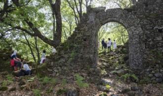 Visita guiada (ruina del edificio del Convento de Santiago de Moncalvo)