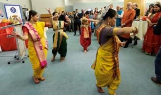 El público muy atento a la danza