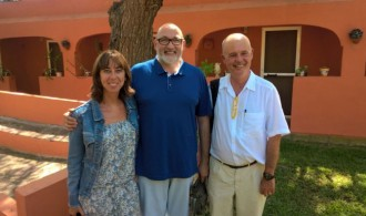 Nuria Segura, Presidenta de la Fundación Akua, Félix Balboa, presidente de Fundación Phi y Víctor Carrera, patrono de la Fundación Akua