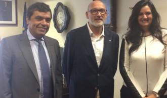 De izquierda a derecha: Jaime Rosell (Subdirector General de Relaciones con las Confesiones del Ministerio de Justicia), Félix Balboa (Presidente/Gerente de Fundación PHI), Rocío López (Directora de la Fundación Pluralismo y Convivencia).